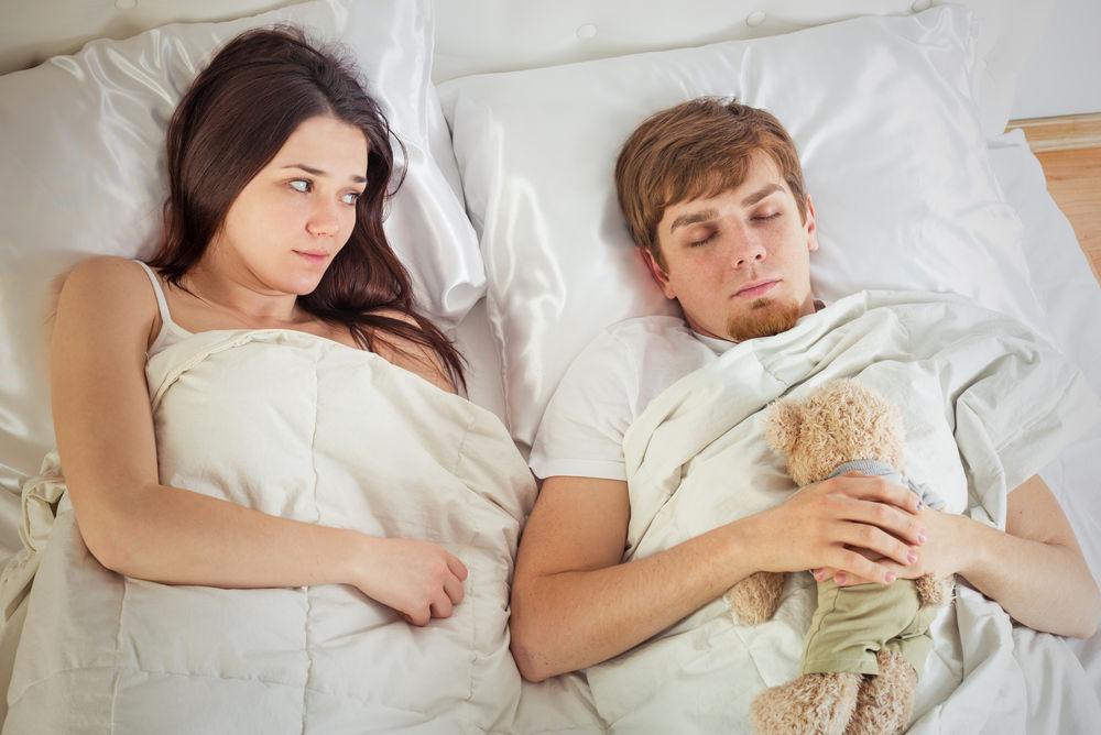 8 semne ca partenerul tau e imatur