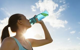 Sfaturi pentru hidratarea pe timp de caniculă