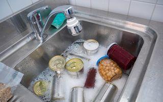 De ce e obligatoriu să speli o conservă înainte să o deschizi