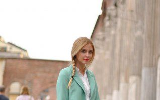 Culoarea pe care blondele nu ar trebui să o poarte sub nicio formă! Le face să arate ieftin