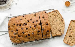 "Pumpkin spice bread, varianta de toamnă pentru ""banana bread"""