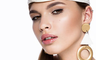 Ce este micropigmentarea buzelor? Tot ce trebuie să știi despre această procedură