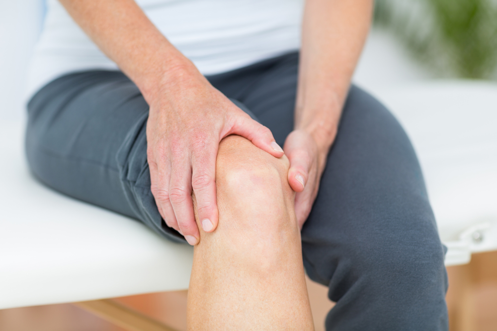 dureri la genunchi și umflături