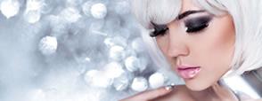Blondul argintiu este culoarea de păr a momentului. 3 tunsori care o pun cel mai bine în evidență