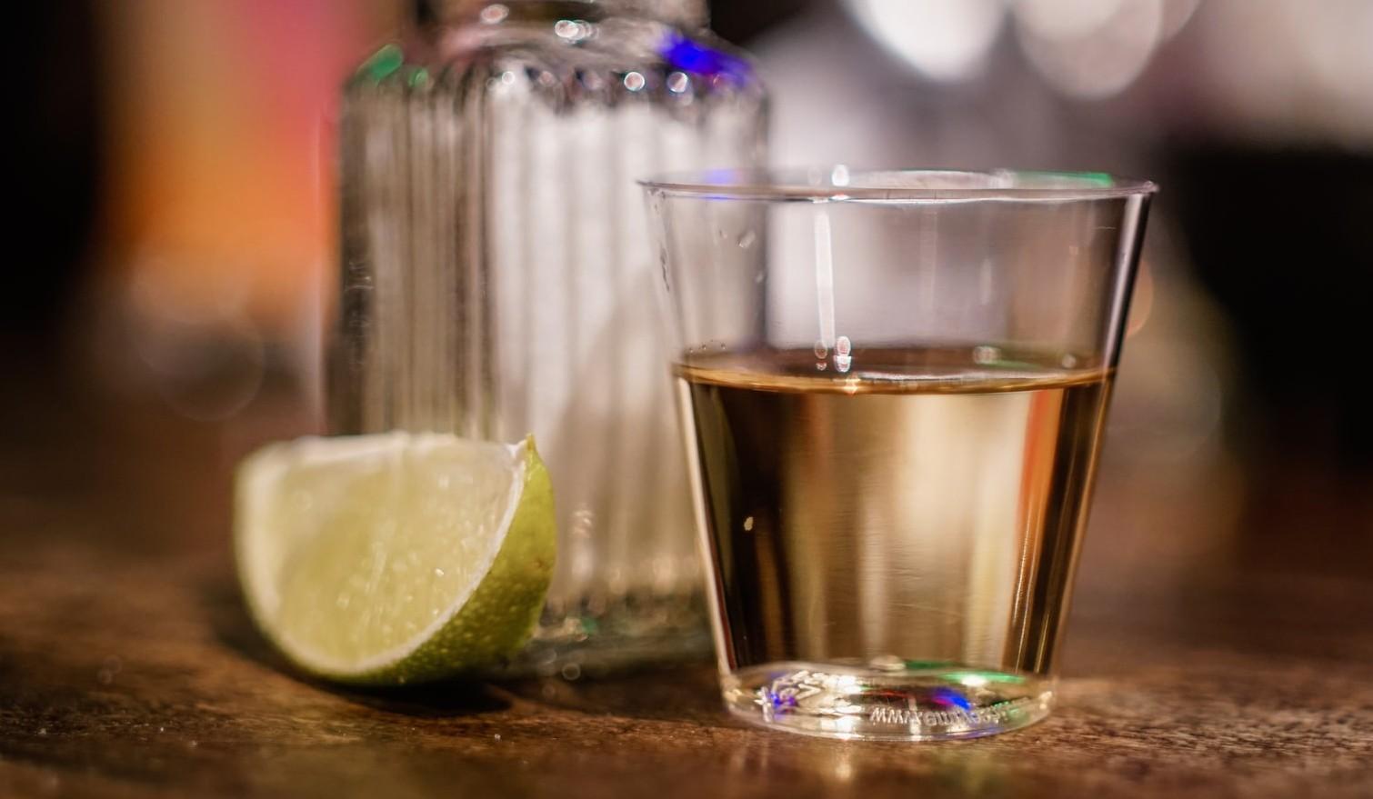 poate tequila te face să pierzi în greutate)